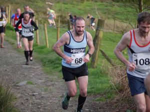 Steve Gore toils uphill in the Curlys 5k